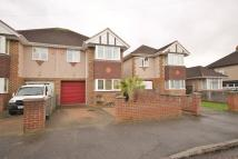 4 bed semi detached property to rent in Hereford Road, Feltham...