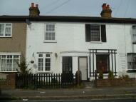 2 bedroom Terraced house to rent in New Road, Hanworth...