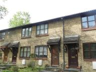POUND Terraced house to rent
