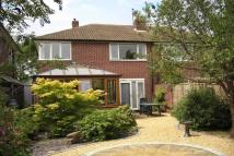 3 bed semi detached property to rent in Towers Close, Kenilworth