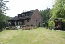 Forest View Detached property for sale