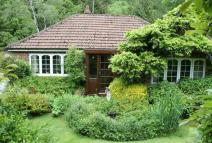 Detached Bungalow for sale in Reade's Gyll...