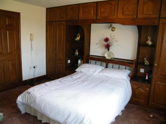 Bedroom 1 x2