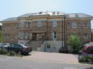 Flat to rent in Lorne Park Road...