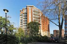 Flat to rent in Richmond Hill Drive ...