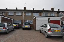 3 bed Terraced house in Roundhills...