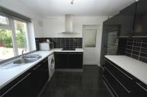5 bed semi detached property in Kingsgate Avenue...