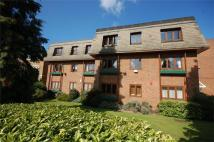 Flat to rent in Brookfield Court...