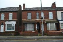 Flat to rent in Liverpool Road...
