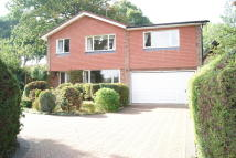 5 bed Detached house in Hook, Hampshire