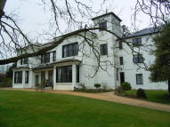 Flat to rent in Sandhurst Lodge...