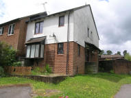 2 bedroom End of Terrace house in Grafton Close, Whitehill...