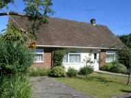 Detached Bungalow in Somerset Avenue, Bordon...