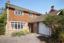 4 bedroom Detached house in LIPHOOK ROAD, Bordon...