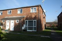 2 bed End of Terrace house in Butts Hill Road, Woodley...