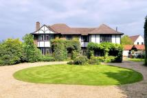 5 bed Detached property for sale in High Road, Epping, Essex