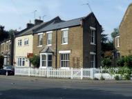 3 bed semi detached property to rent in Bell Common, Epping...
