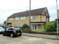 Ground Maisonette to rent in Amesbury Close, Epping...