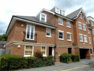 Hemnall Street Flat to rent