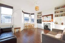 Flat for sale in Cotleigh Road...