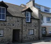 Terraced house in Fore Street, Newlyn, TR18