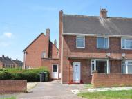 3 bedroom semi detached house in Sheridan Road, Whipton...