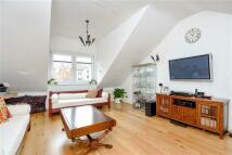 2 bedroom Flat to rent in Mill Lane...
