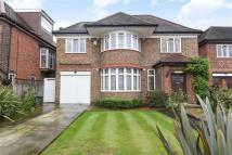 4 bed home in Manor House Drive...