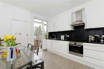 Flat for sale in Montrose Avenue...