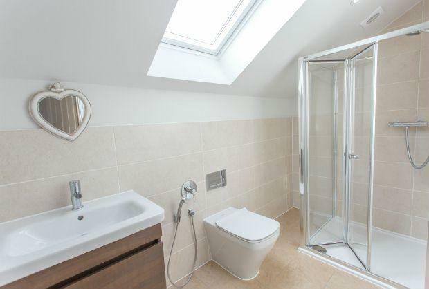 Ensuite Shower Room 3