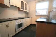 3 bedroom Flat in Broadway Parade...