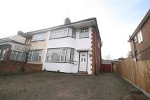 3 bed property in Warley Avenue, Hayes