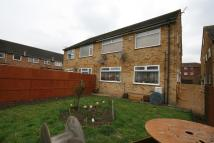 2 bed Maisonette for sale in Gullivers Close, Northolt