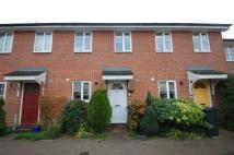 2 bedroom property to rent in The Briars