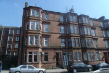 Flat to rent in Broomhill Drive...