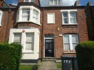 2 bed Flat in Regents Park Road...