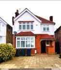 4 bedroom Detached property in  Upper Cavendish Avenue...
