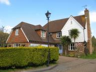 5 bed Detached property to rent in Cricketers Close, ...