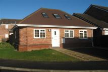 3 bedroom Bungalow in Danes Close, Chippenham