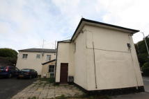 2 bed Flat to rent in New Road, Chippenham