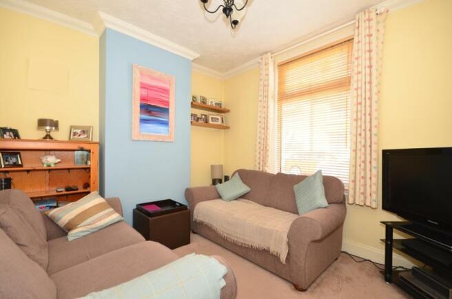108 Newcome lounge