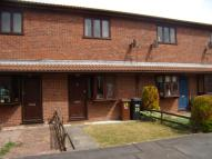 Terraced property in Foxes Close, Mancot...