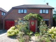 3 bedroom Detached property in Ffordd Gwenllian, Llay...