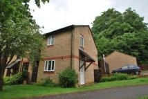 2 bed semi detached house to rent in Southfields