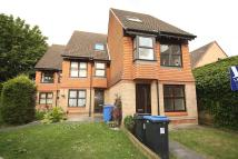 Flat to rent in Hedgerley Court, Woking