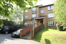 2 bedroom Flat to rent in Wych Hill Park, Woking