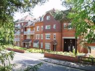 Flat to rent in Abingdon Court, Woking