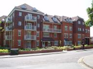 2 bed Flat to rent in Heathside Road, Woking