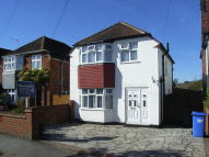 Detached property to rent in Rosehill Avenue, Woking