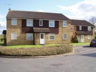2 bed Flat to rent in Bisley, Woking